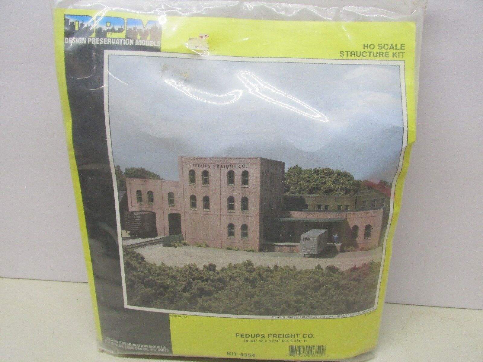 DPM- FEDUPS FREIGHT CO. KIT HO SCALE