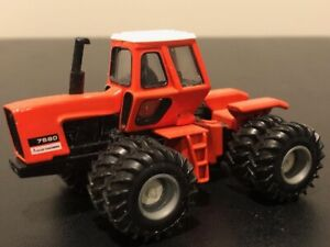 Allis Chalmers 7580 4WD Tractor with Duals 1//64
