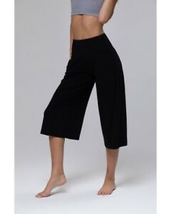 8850e66965ae9 Free postage. Image is loading Onzie-Wide-Leg-Crop-Pant-2102-Black
