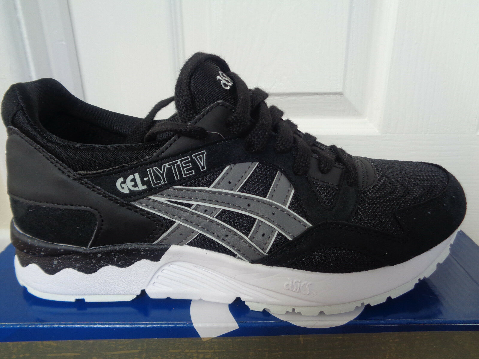 Asics Gel Lyte V mens trainers sneakers HN6A4 9011 eu 40 us 7 NEW+BOX