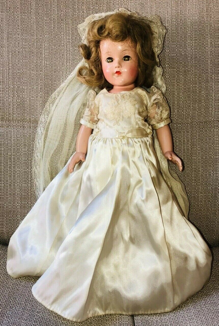 VINTAGE EFFENBEE BRIDE DOLL- Anne Shirley Beautiful Condition Composition Compo