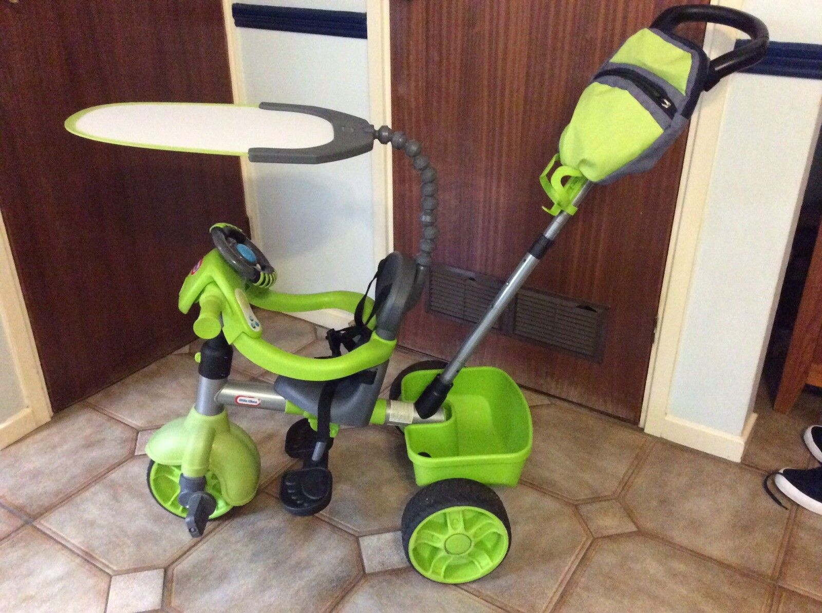 LITTLE TIKES 4 IN 1 TRIKE GREEN WITH BAG, BOTTLE HOLDER, PARASOL & INSTRUCTIONS