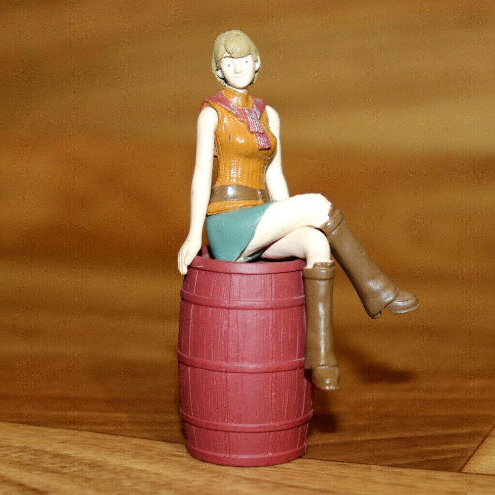 Resident Evil 4 Biohazard Agatsuma Mini Figura De Colección Ashley Graham