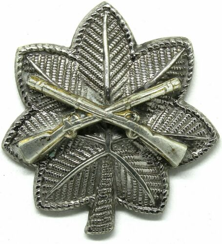 Infantry LT Colonel Rank Officer Insignia Rifles Badge Hat Cap Pin Army Inf Col