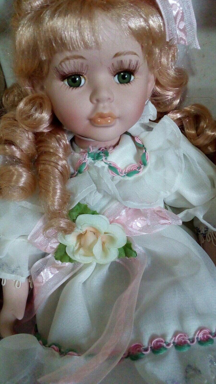 Bambola porcellana bisquit vintage da collezione cm 22 bionda bambola poupee