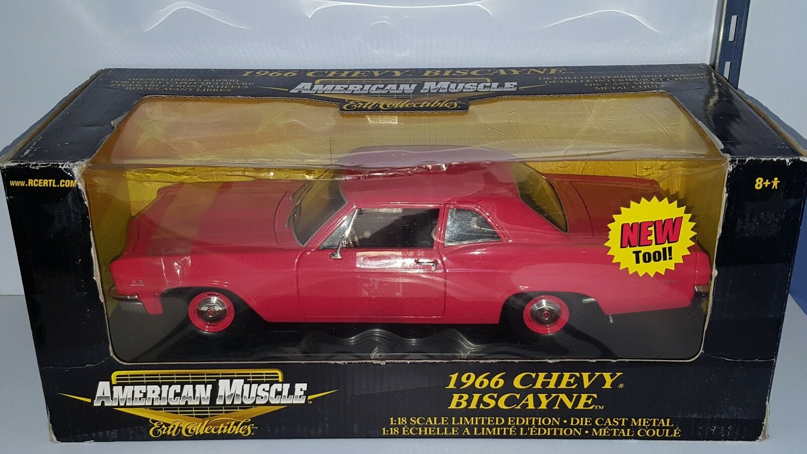 1   18 ertl us - muscle - cars chevrolet biscayne rot - 1966