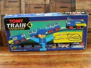 Vintage-Tomy-Train-4-Inter-City-Large-Track-Set-1989