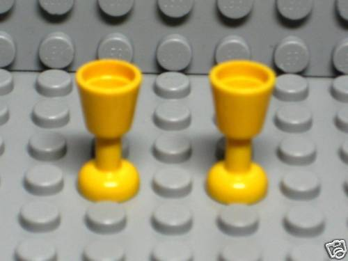 2 Lego Yellow Goblets Minifig Cups Utensils ma23