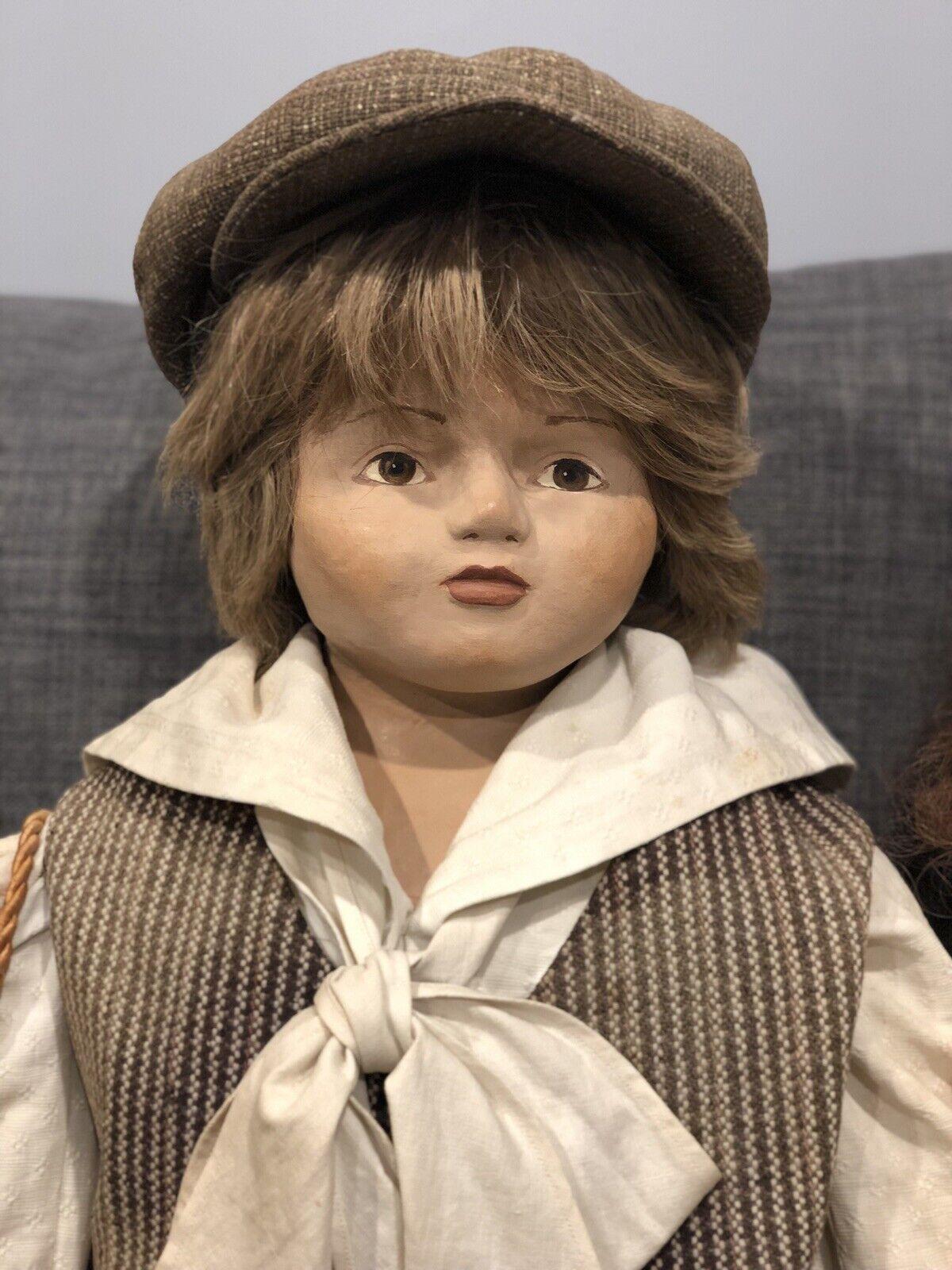 Artisan uno de una clase esculpido Cabeza Vintage Grande niño + niña prendas Muñecas en Antiguo