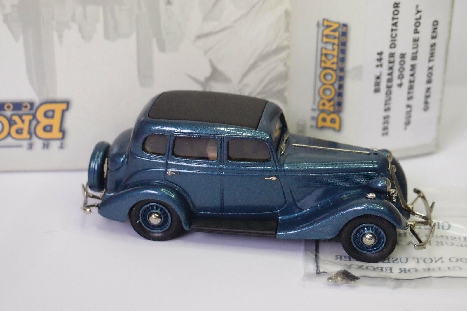 BROOKLIN BRK 144 1935 STUDEBAKER PRESIDENT DICTATOR 4-DOOR GULF STREAM bleu POLY