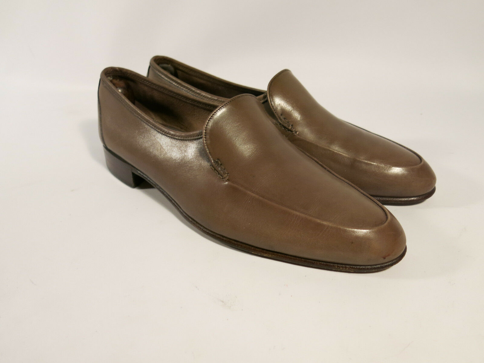 Bally Mason Made Switzerland Men's 9.5 B Apron Toe Loafers Light Brown Leather