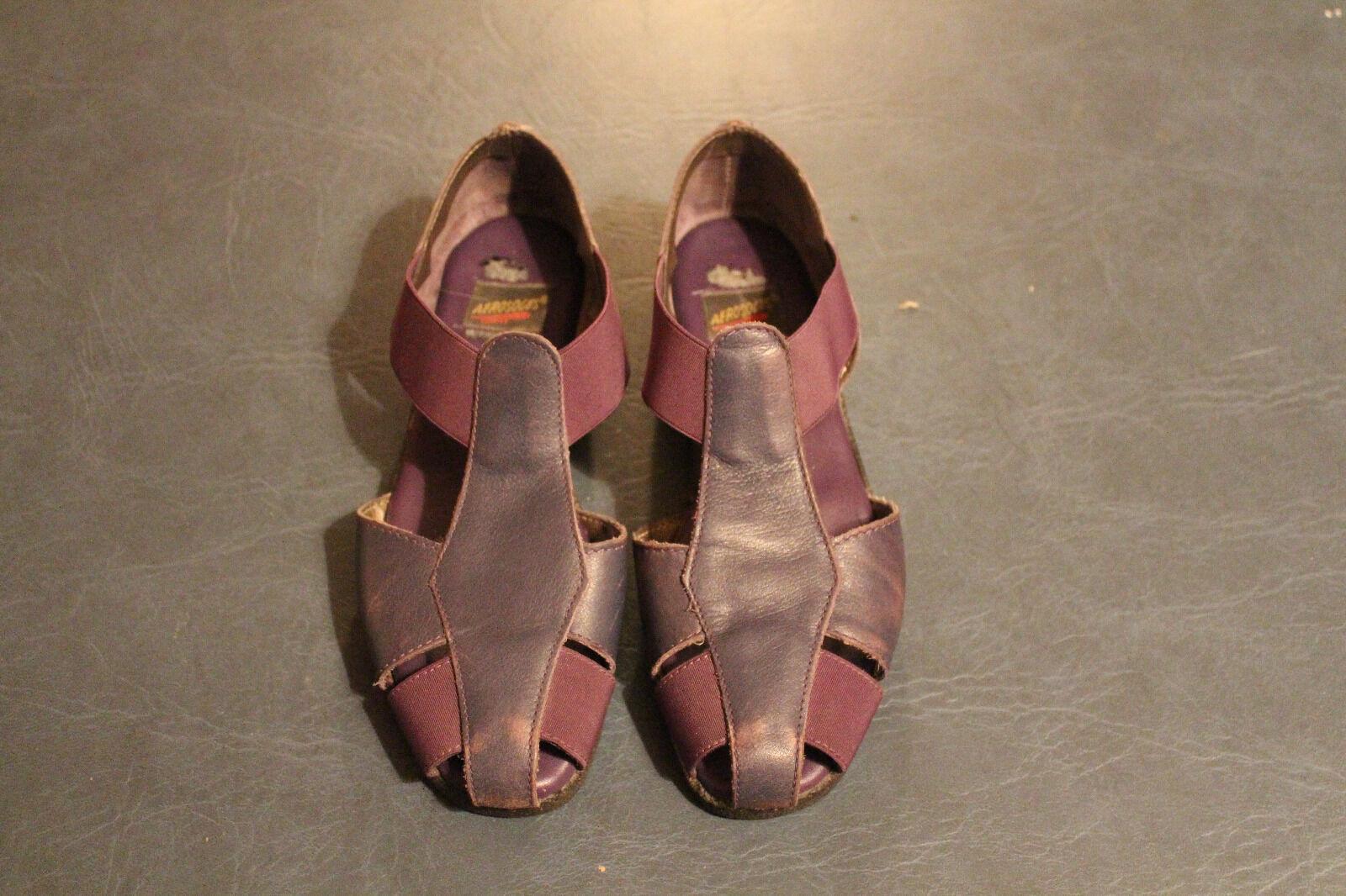Aerosoles 4 Give Purple Leather Slip On Sandals Womens size 6.5B, 6 1 2BB