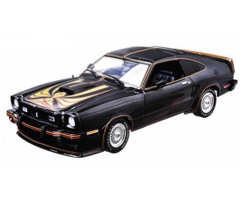 Greenlight - 2018 Ford Mustang 2 V8 King Cobra Negro/Oro - Negro
