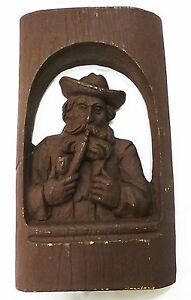 Wood-like-carving-picture-man-smoking-pipe-material-unknow