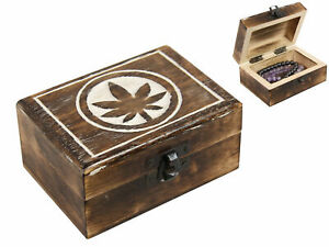 Wooden Box With Leaf Design