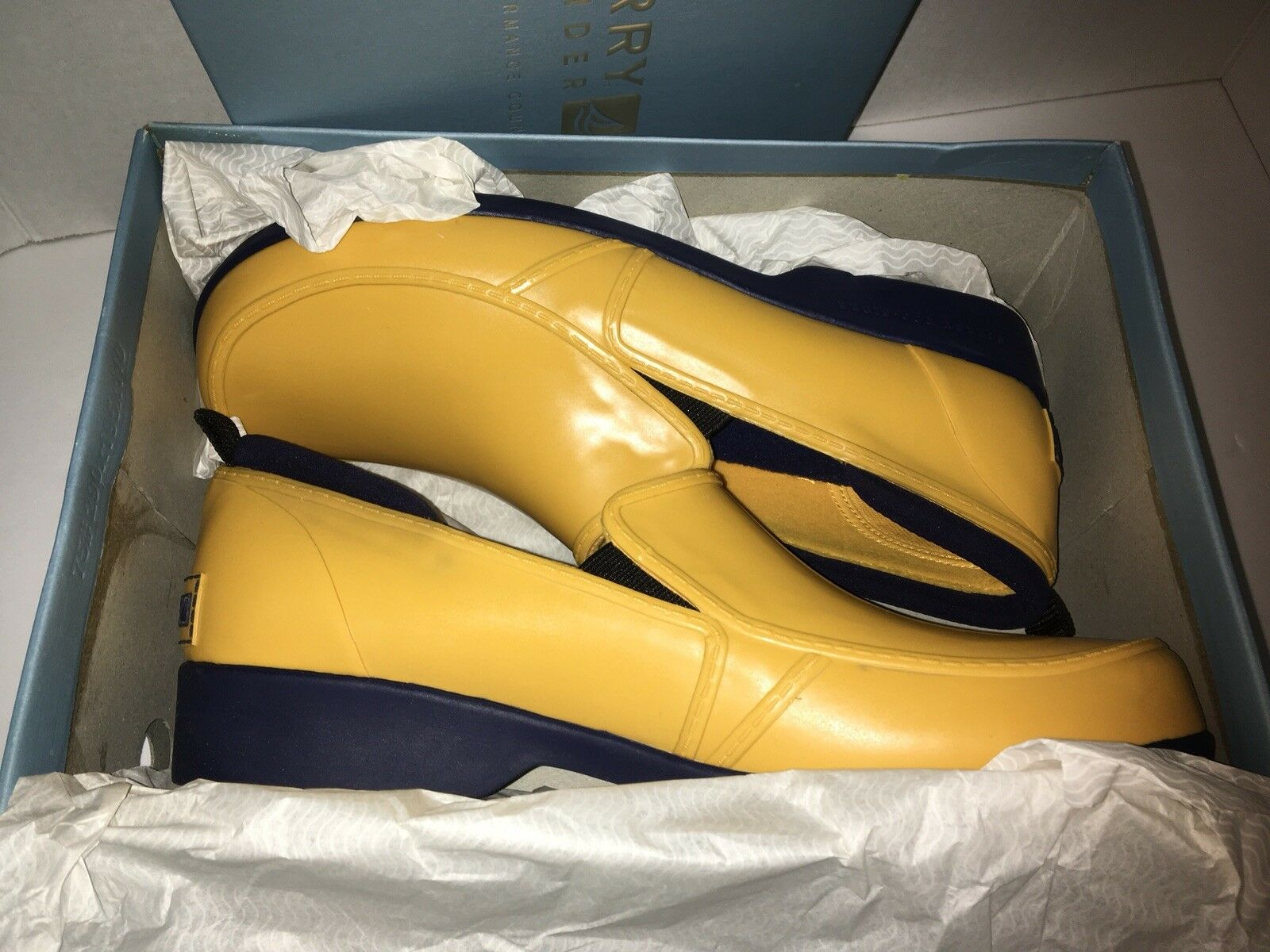 New Sperry Top-Sider Slip On Duck shoes Size 10 Yellow A00247 E4