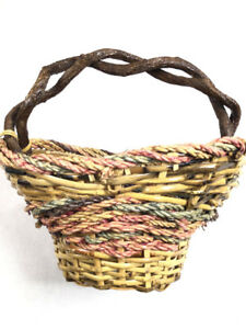 Vintage-Primitive-Basket-Bark-Branch-Wicker-Woven-Colorful-UNIQUE-SHAPE-Medium