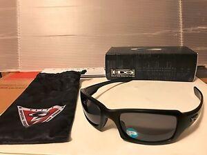 bdcbf047da5 Image is loading NEW-Oakley-SI-Fives-Squared-Sunglasses-MATTE-BLACK-