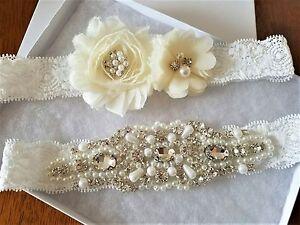 Wedding-Bridal-Garter-Set-CRYSTAL-PEARL-IVORY-FLOWER-OFF-WHITE-LACE-Garter-Set