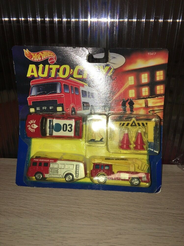HOT WHEELS AUTO CITY Fire Engine Set Rare