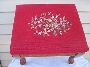 Beautiful-Antique-Oak-Maroon-Needlepoint-Floral-Foot-Stool-American-Vintage