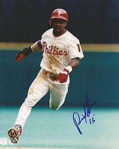 RICKY OTERO Autographed Signed 8 x 10 Photo Philadelphia Phillies COA