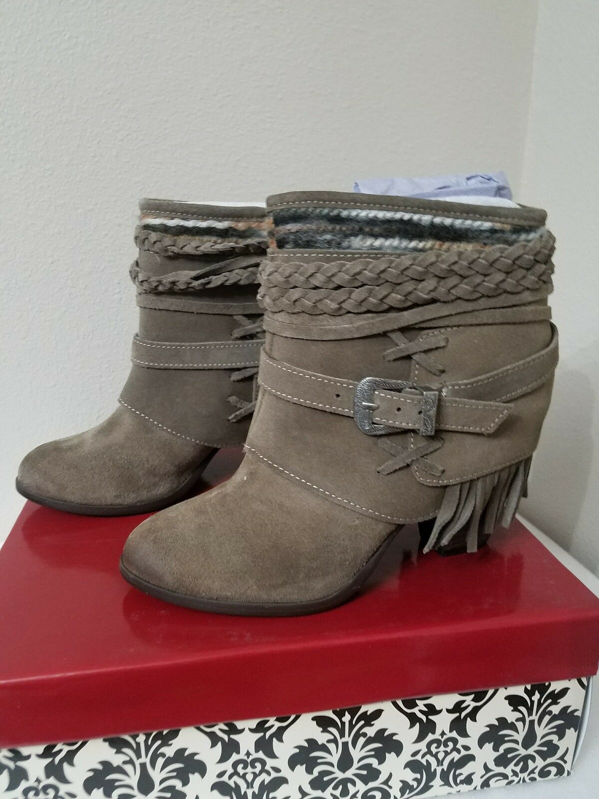 Naughty Monkey Saddle Baggin Taupe Ankle Boots 6.5