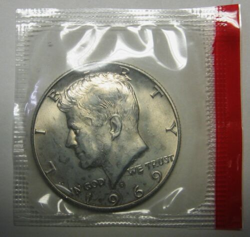 """*2015 $1 MOB of ROOS /""""S/"""" Privy mark uncirculated specimen coin in coloured card!"""