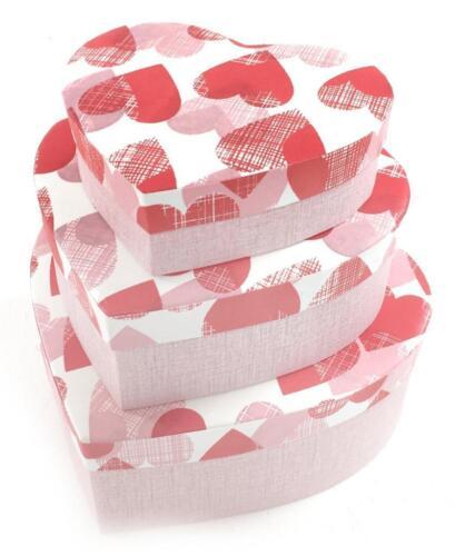 Forma de corazón Acolchado Cartón Duro Almacenamiento artesanal Caja de Regalo de Navidad BRITHDAY