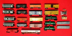 Variety-of-22-HO-RR-Cars-Hoppers-Flat-Box-Stock-Tank-Refriger-Passenger