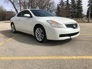 2009 Nissan Altima 6MT Coupe