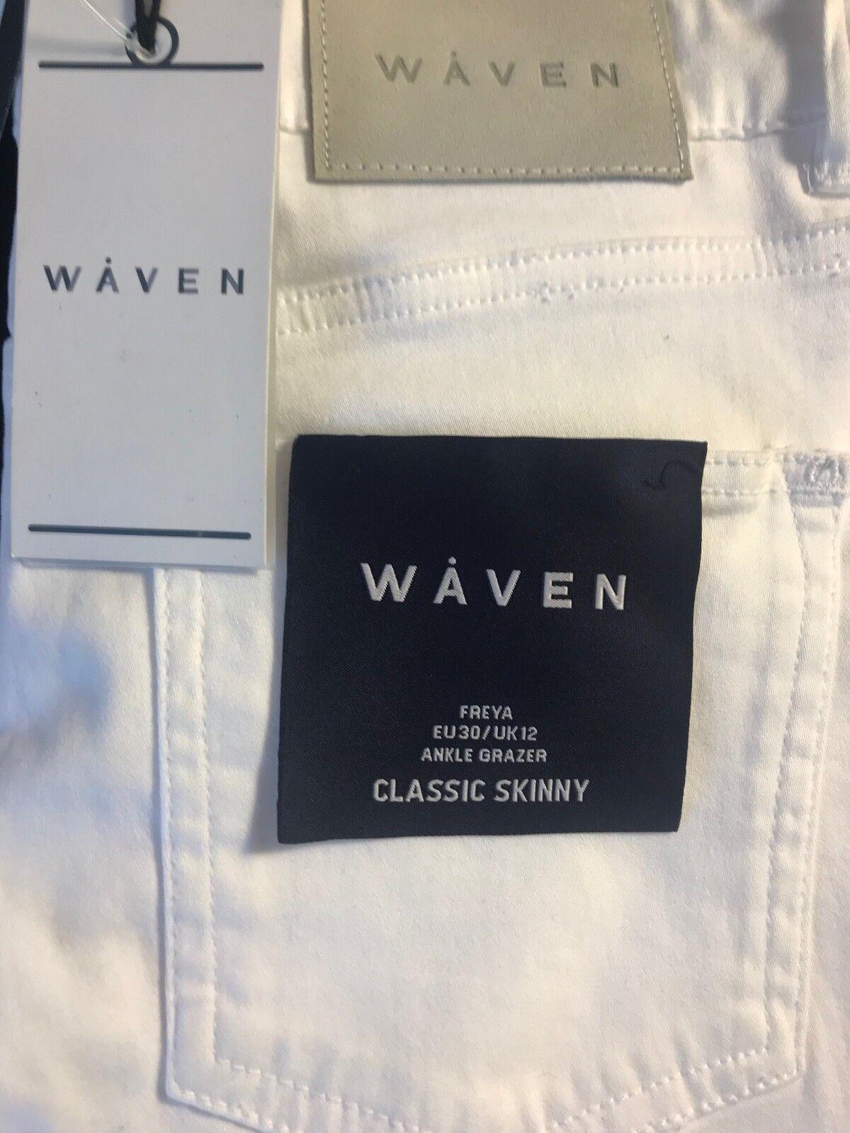 BNWT WAVEN Women's FREYA Classic Skinny Ankle Grazer Soft  White Jeans