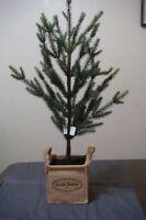 Dillard's 26 Mini Christmas Tree With Seasons Greetings