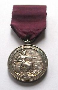 MEDAL-of-the-ORDER-of-the-BRITISH-EMPIRE-ORIGINAL-CASE-GEORGE-5th
