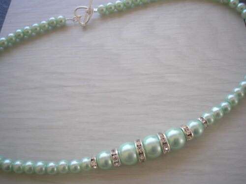 Graduated Pearl /& Diamante Necklace Heart Toggle clasp any colour//size 6AA