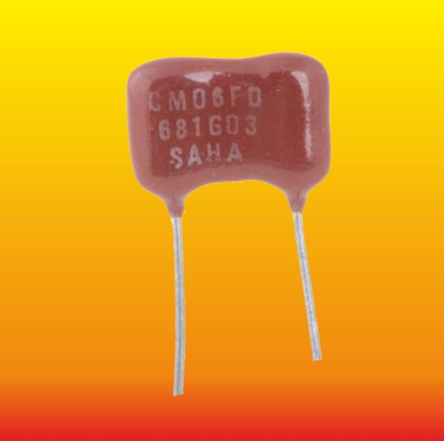 200pF 500V 5/% Radial Mica Capacitors CM05FD201J03 Lot 10