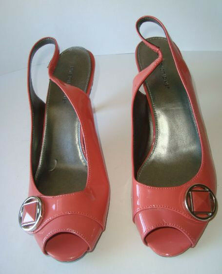 Adorable Predictions Peep Toe Slingback Heels size 8.5 M Gorgeous shoes