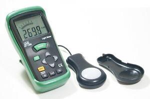 CEM dt-1308 400k Lux 40k FC Digital LCD Lichtmesser Fuß-Kerze Infinity Tester