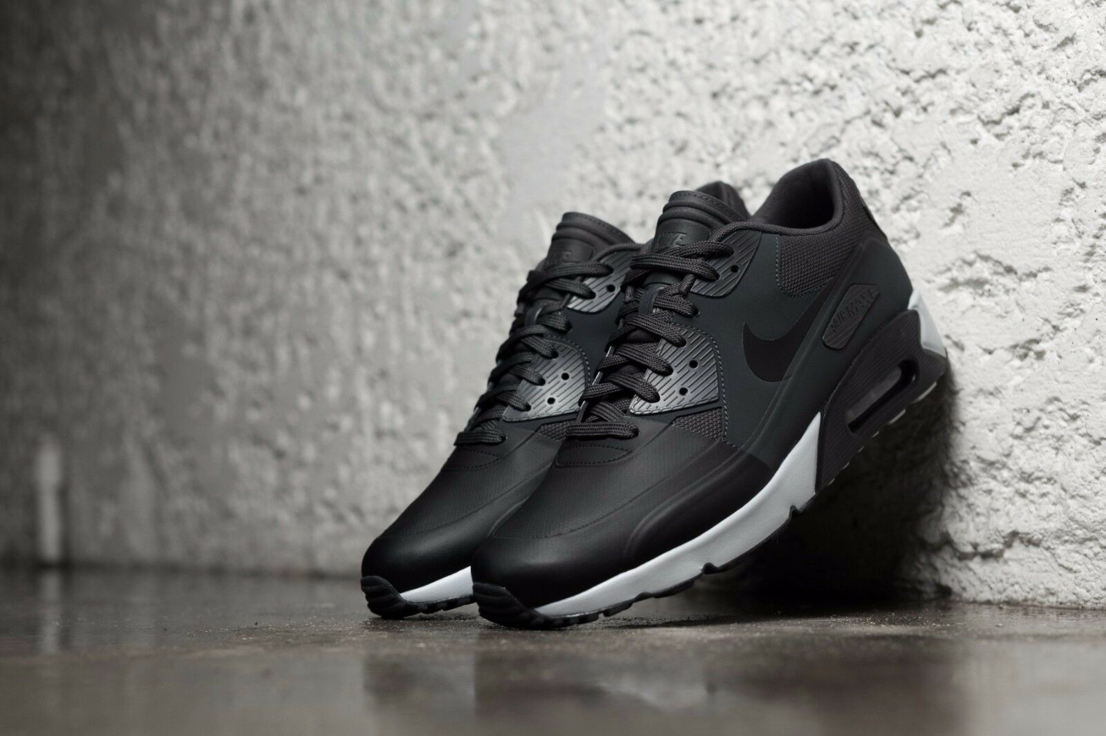NIKE AIR MAX 90 ULTRA 2.0 SE BLACK-BLACK-ANTHRACITE Mens Sz 9.5 876005-003