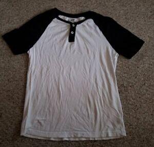 ARIZONA-Black-and-White-Short-Sleeve-Top-Mens-SMALL