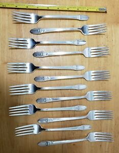 SET OF 12 VINTAGE1937 FIRST LOVE 💘 🥰 SILVERPLATED DINNER 🍽 FORKS