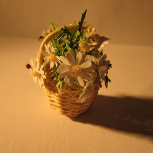 Daisies in a round basket Doll house miniature 1 twelfth