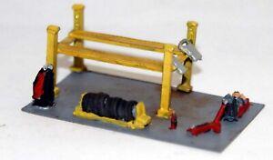 Garage-Workshop-Equipment-Unpainted-N-gauge-Accessories-Langley-A122