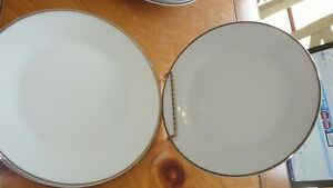 salad plates Gold Band by GIBSON DESIGNS 4 7.5 inch salad plates