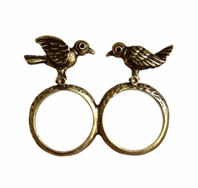 Vintage style two bronze birds double finger charm ring