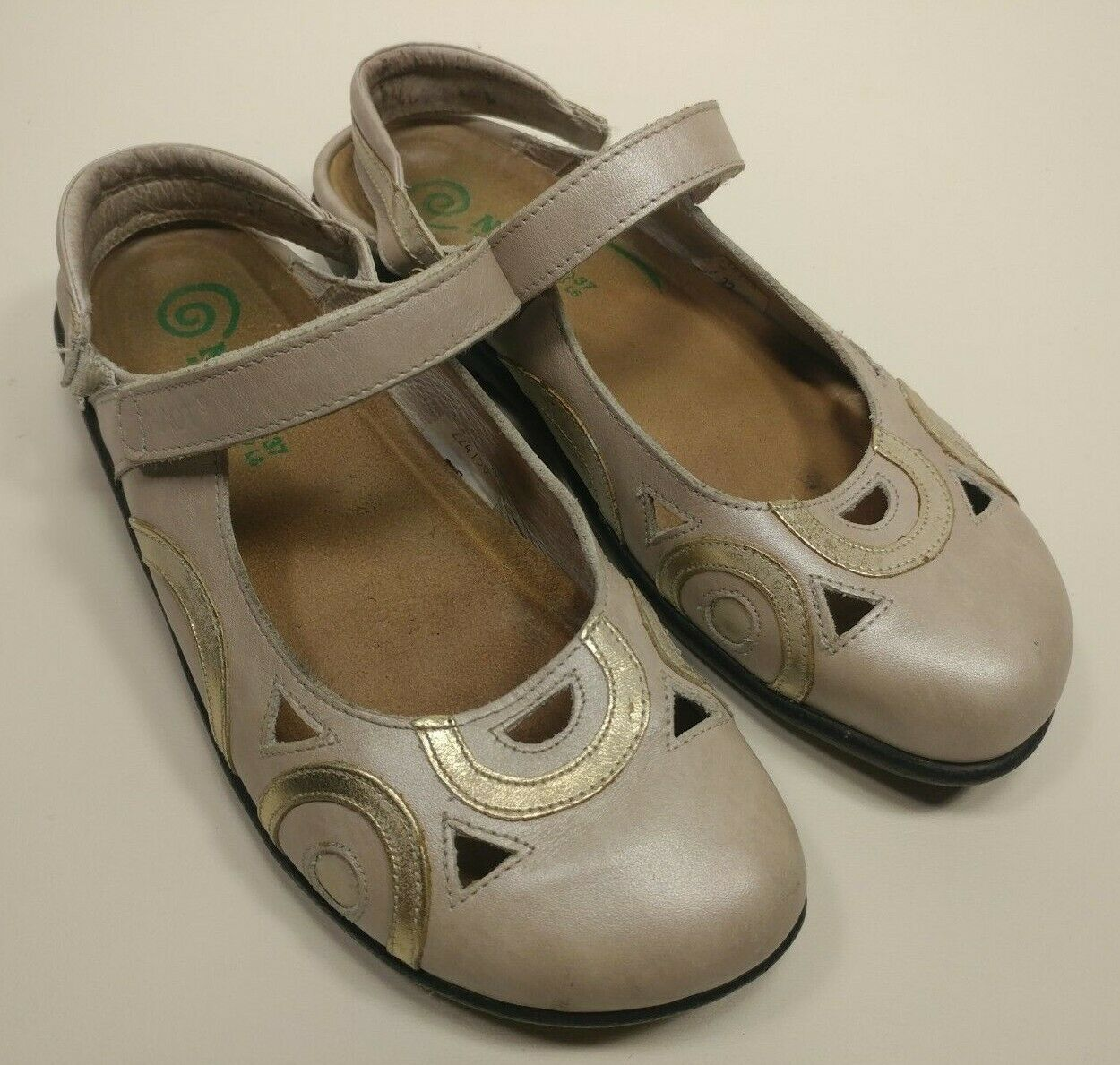 Naot Circle Detail Womens Size 6 Sandals Beige Slip On Mary Jane Slingback Mules