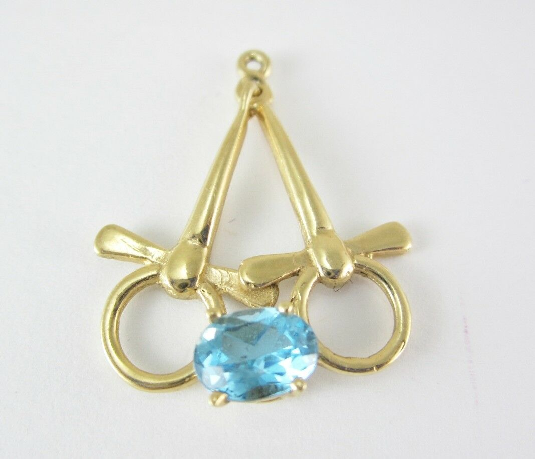 BEAUTIFUL LADIES 14K YELLOW gold OVAL blueE TOPAZ PENDANT 3.2 G