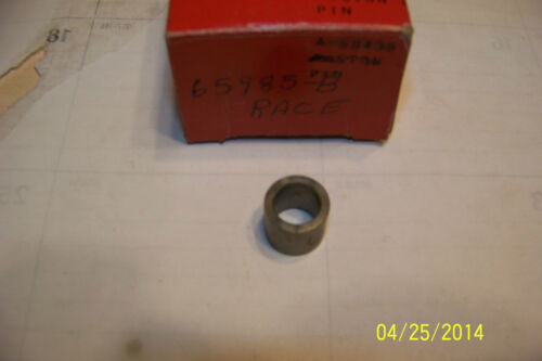 1 Homelite chainsaw bearing race 65985 360 350 XL113 114 122 123  NOS NEW