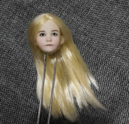 1//6 Scale Lovely Child Head Sculpt Little girl Blond Head Model F12 Figure Body