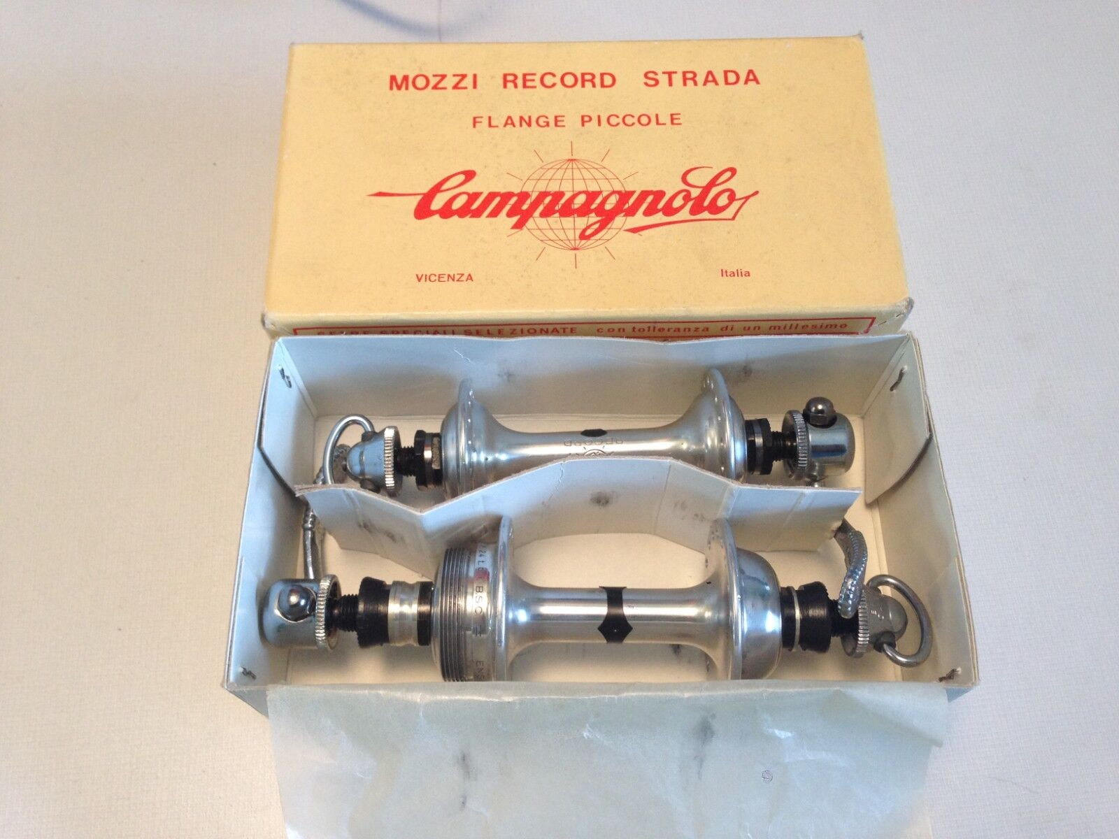 NOS Campagnolo Hub Set Nuovo Record 36H 120mm English Thread